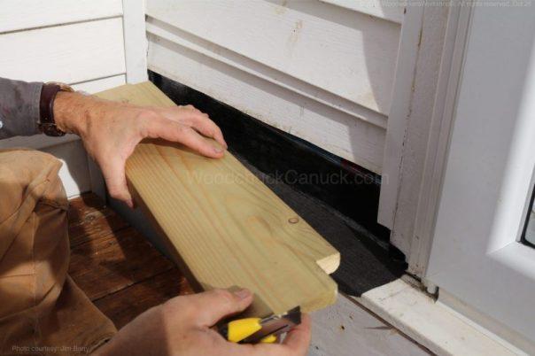 door,leaks