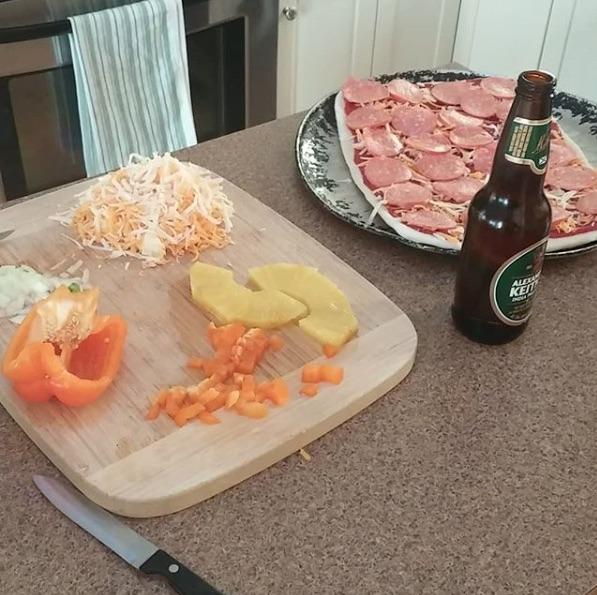 homemade pizza,beer,Alexander Keith's