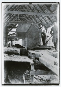 sawyers,sawmill crews,sawmilling,vintage photos,old pictures