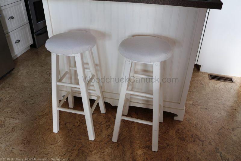 bar stools,upholstery,makeover,diy