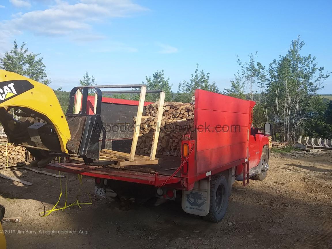 20190815-firewood-truck-skidsteer-pallets