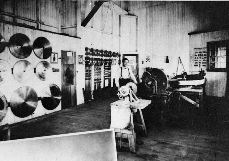1900 Sierra Lumber Company.
