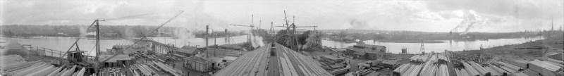 1917 A panoramic view of a New Westminster shipyard