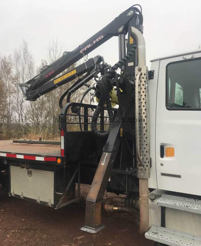 2008 Sterling truck with Palms 3.62 loader