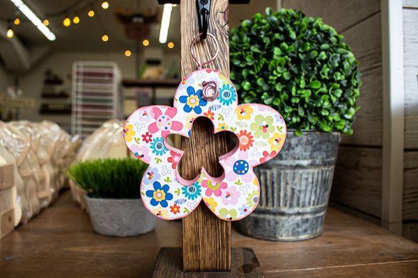 Mini Post Hanger Flower