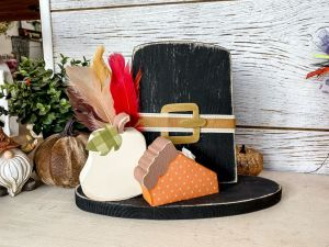 Thanksgiving Pilgrim Hat with Pie