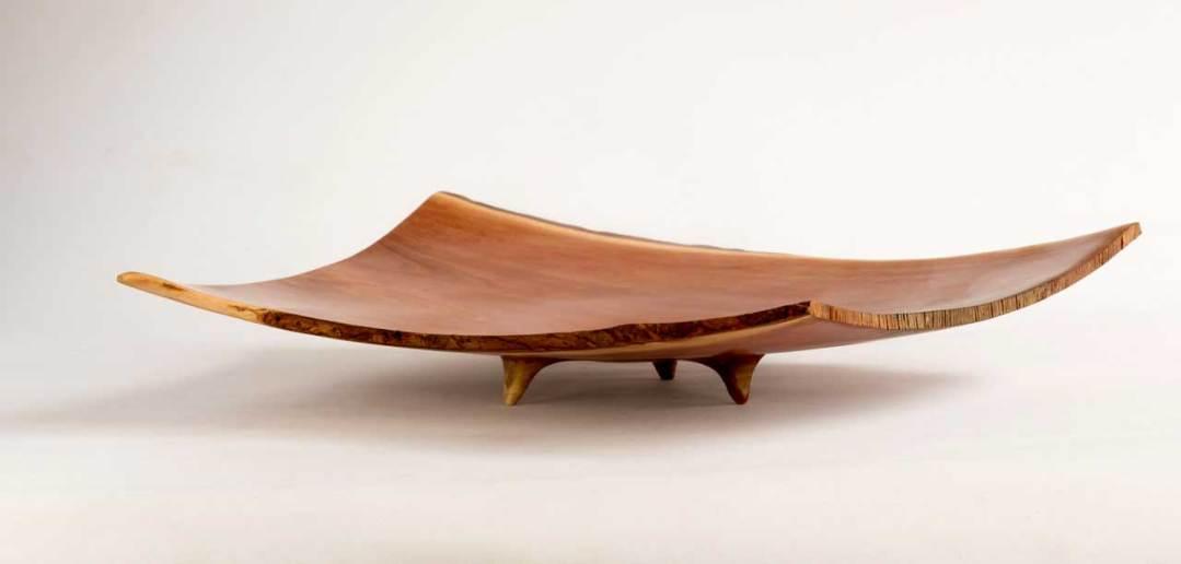 Pohutukawa Winged Platter No204 (2018)