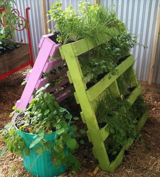 pallet planter vertical garden Grow Up with 15 Creative Ideas for Vertical Gardening