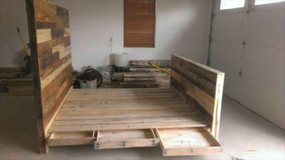 pallet-bed-with-side-drawers-1