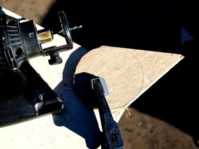 Tool Tips: How to Cut Curves Using a Jigsaw