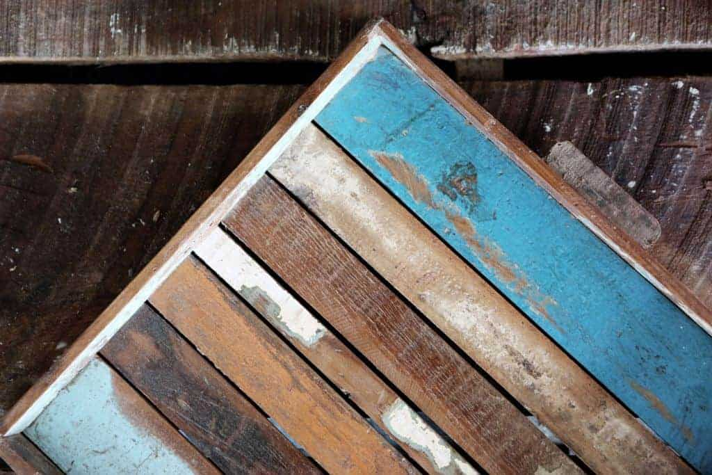 How To Stain Wood – The Ultimate Guide For Pallet Projects