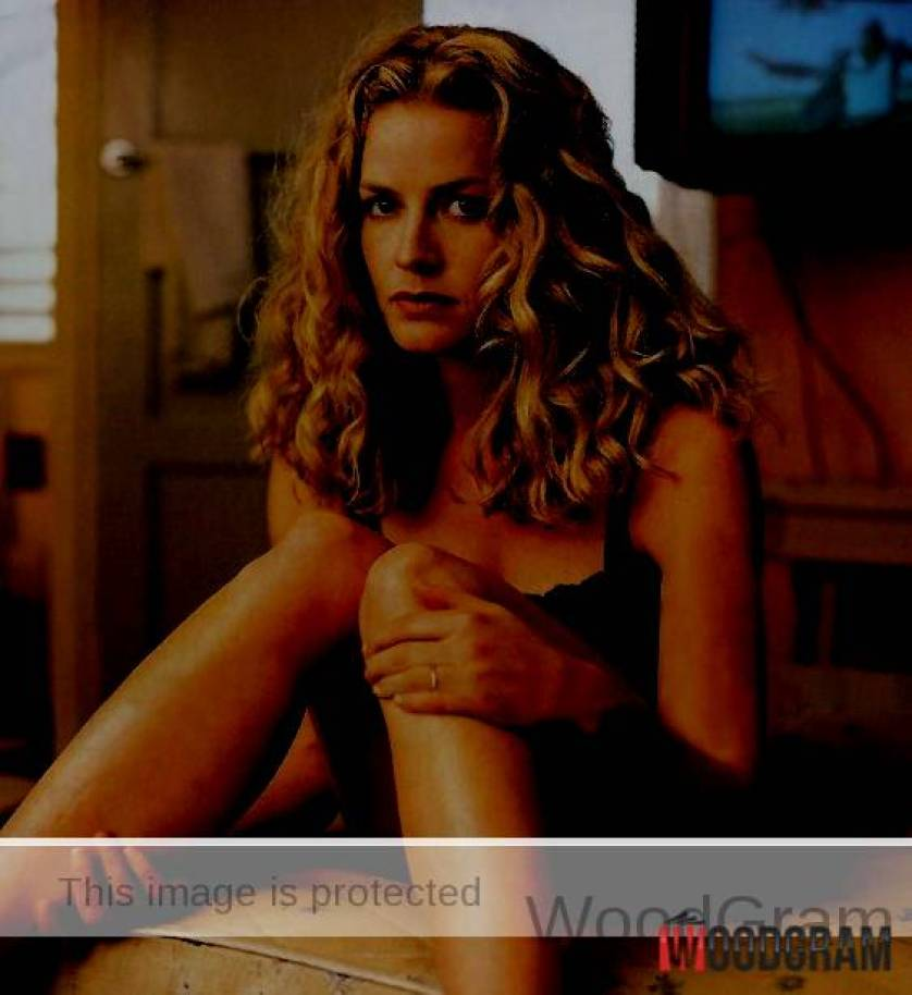 Elisabeth Shue Hot Young