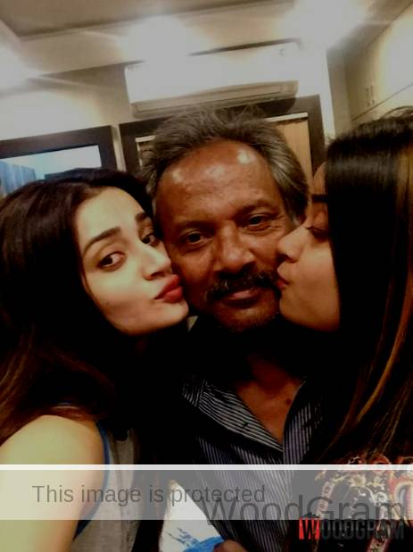 Ankita Srivastava With Her Father And Sister