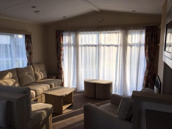 BK Caprice Lounge
