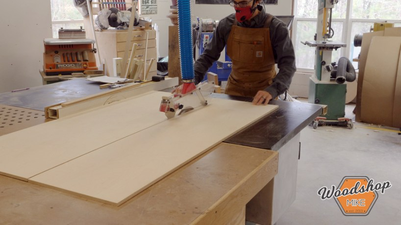 build a router table, cutting plywood on table saw