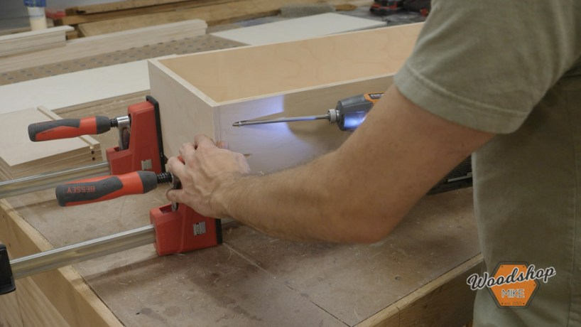 how to build drawer boxes with the kreg foreman