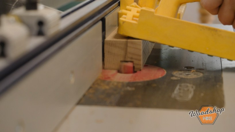 how to cut a dado on the router table