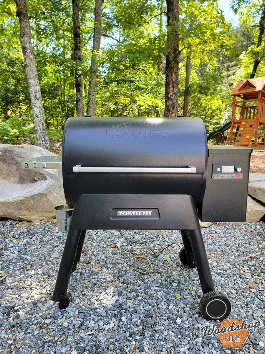 Traeger 885 grill Outdoor Oasis