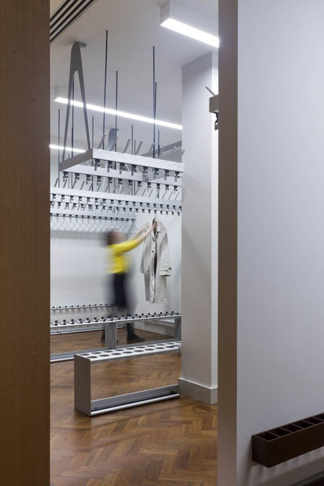 Bespoke Cloakrooms | Woodwood Group