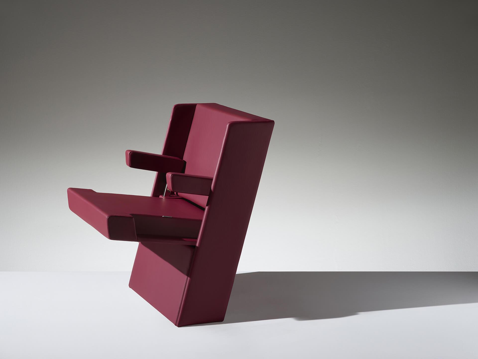 LAMM Genya Chair | Woodwood Group