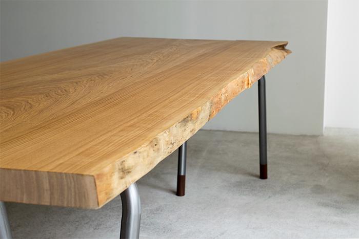 無垢のテーブル