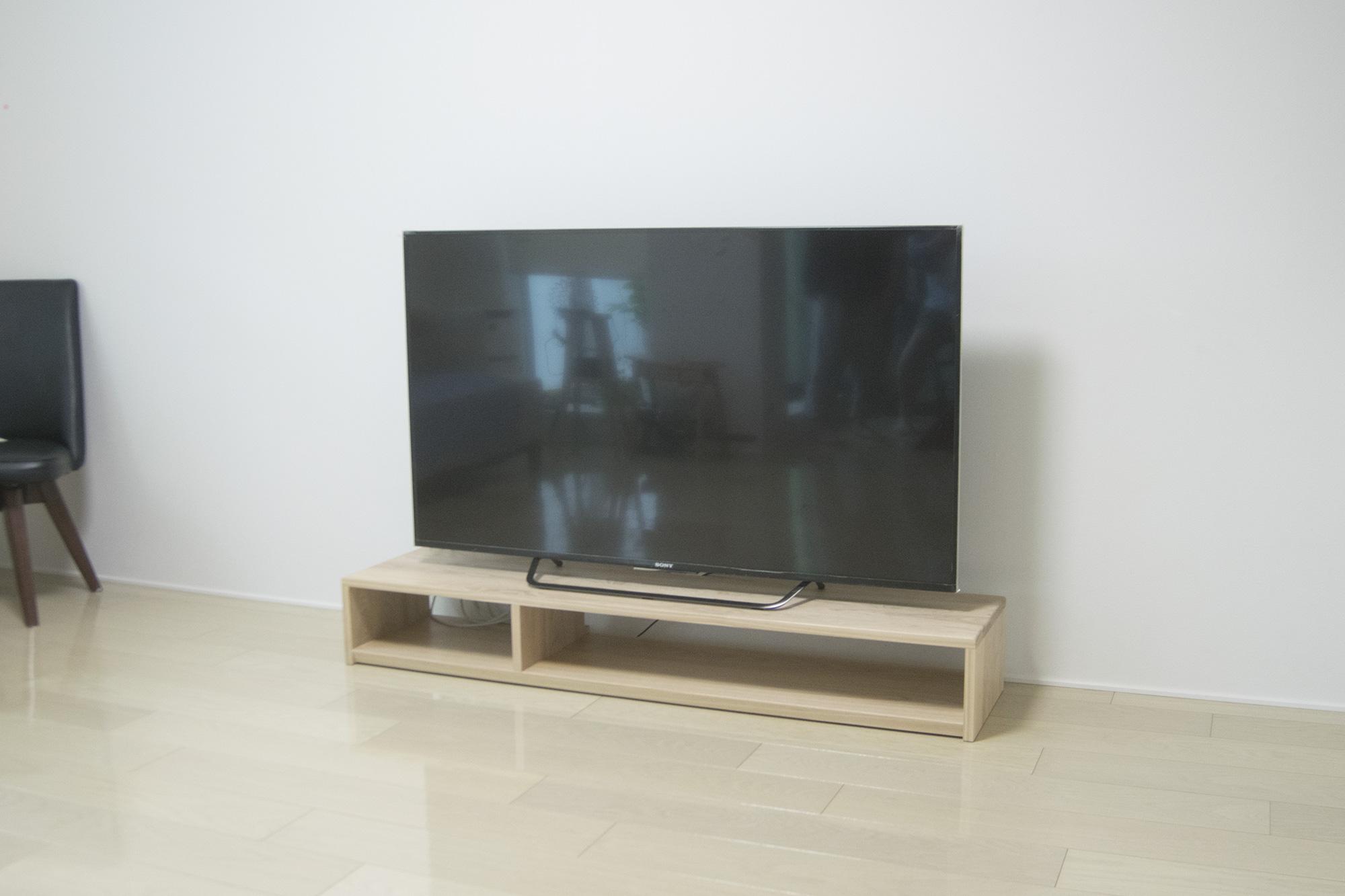 TANAテレビボード ご納品の様子