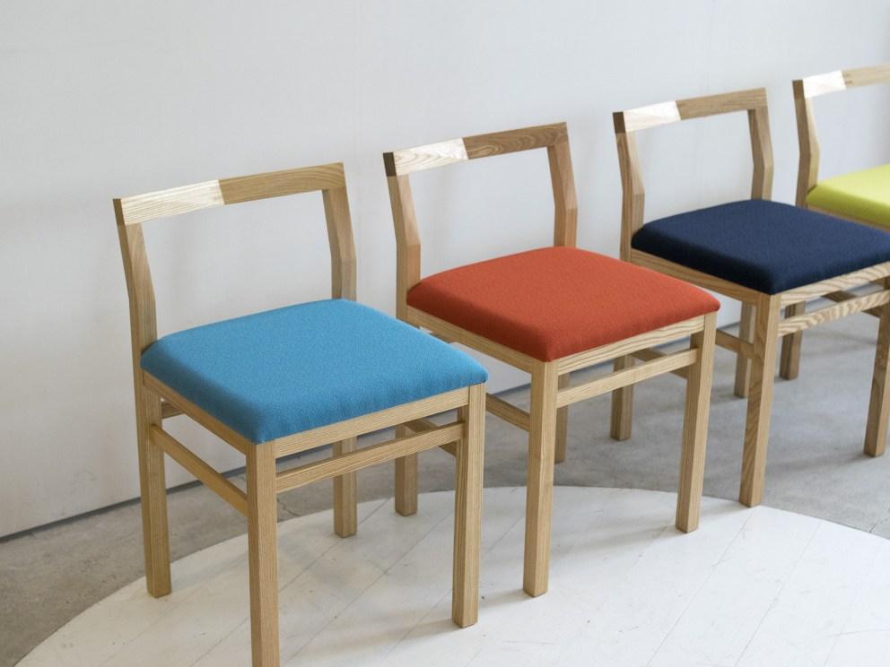 PICO Chair (ピコチェア・タモ材・ブルー、オレンジ、ウグイス、ネイビー)