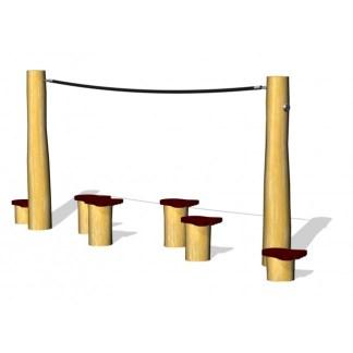 Woodwork AB G2928 Hoppstolpar med björnfötter som passar bra som del i hinderbana