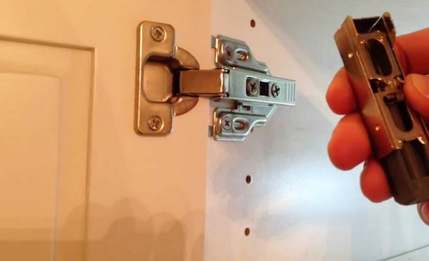 Best Soft Close Cabinet Hinges Review Top 5 Picks In 2021