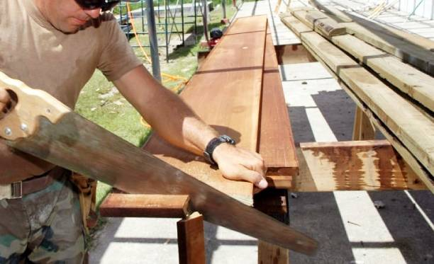 How to Cut Plywood with a Hand Saw