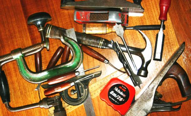 Essential Woodworking Tools for Beginners