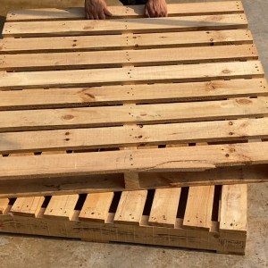 Recycling Ideas for Old Used Pallets //  Wonderful Pallet Furniture Ideas and Tutorials