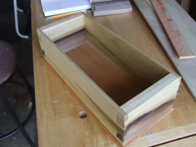 Dovetail box by Mike Prutz