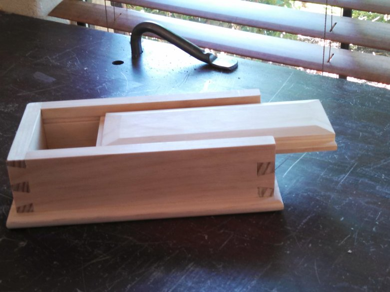 Dovetail Box by eric gonczeruk