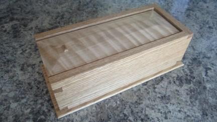 Dovetail Box by Jeff Hallam