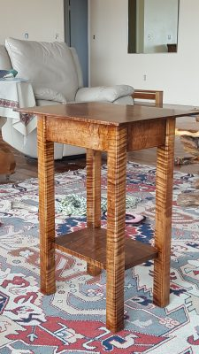 Table in Curly Maple