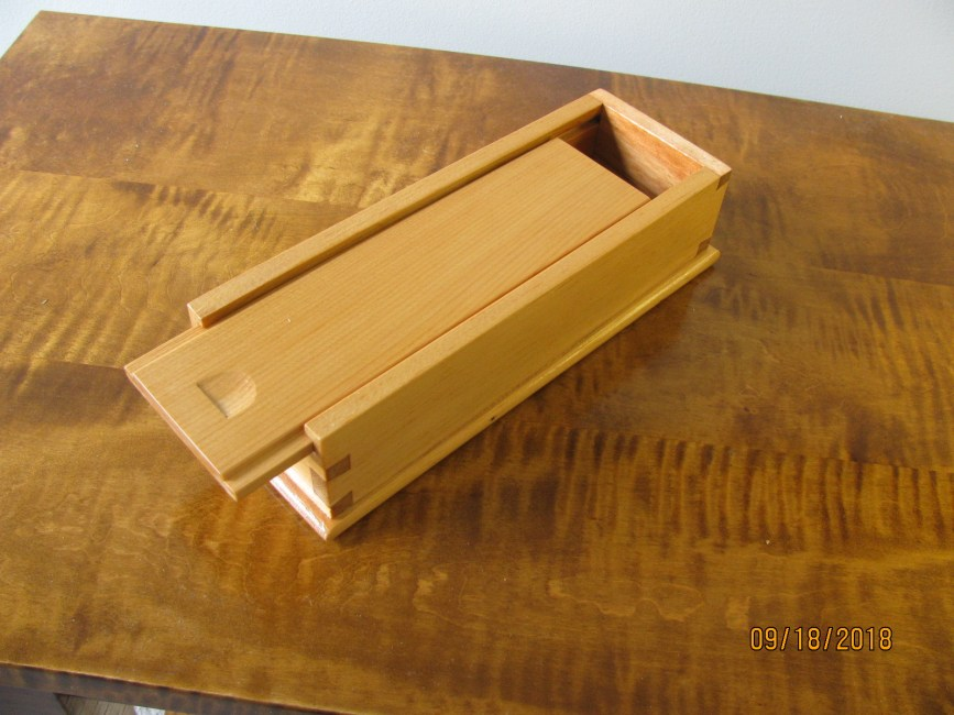 Small Dovetail Box