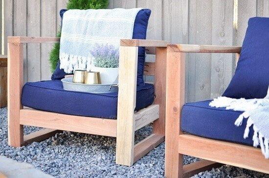 Ashley's Modern Outdoor Furniture DIY Tutorial