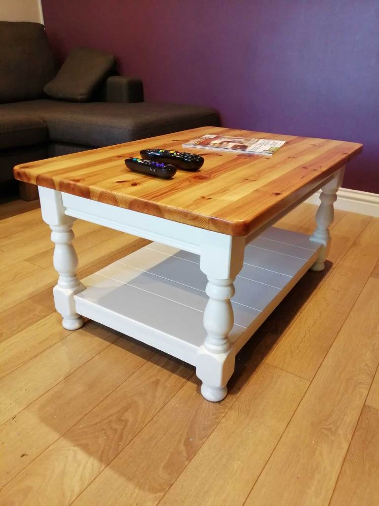 Upcycled coffee table - Angled view