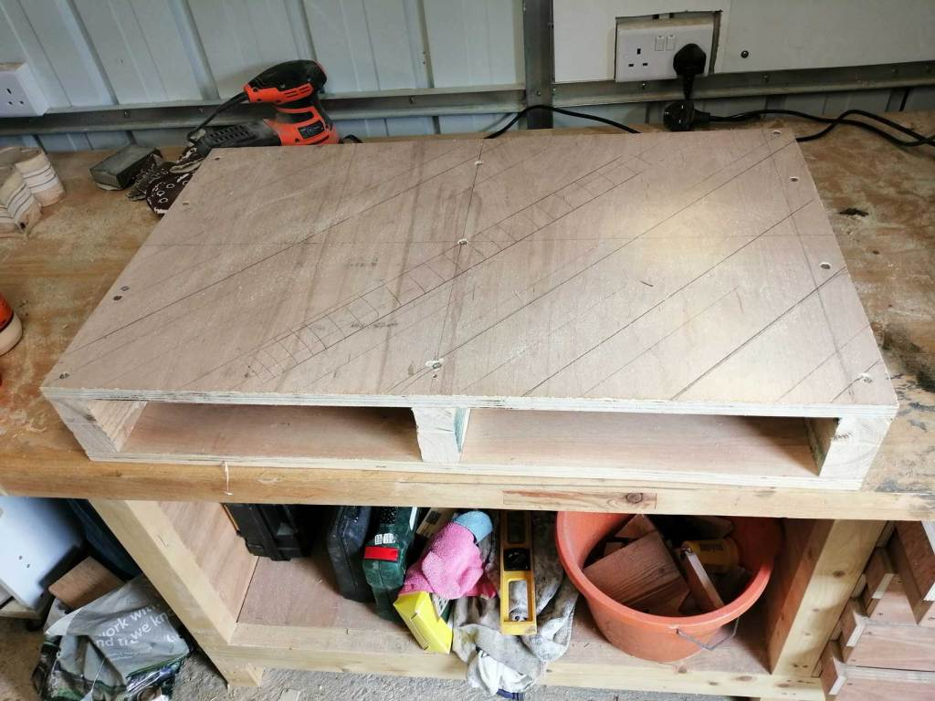 Pallet table in progress