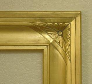 Corner Leaf Motif Detail