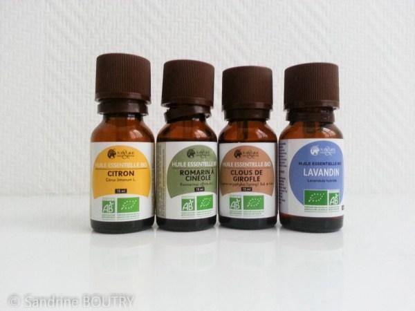 mélange d'huiles essentielles contre les mites