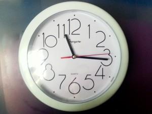 Yarnbombing horloge