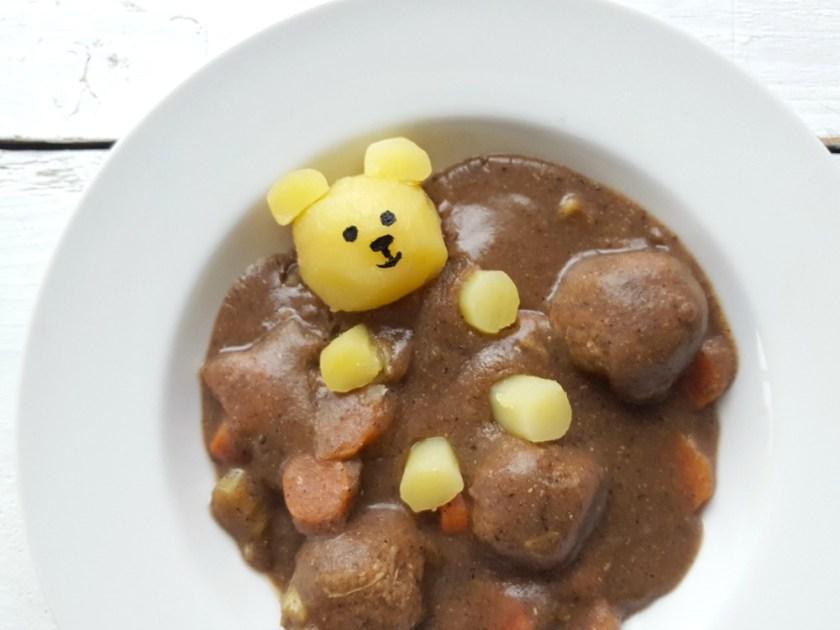 ourson dans un bain de ragoût wooloo