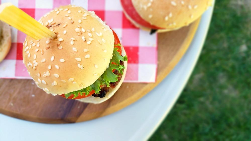 Mini burgers de dindon au bacon extra juteux