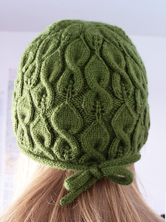 http://www.ravelry.com/patterns/library/liffey-2