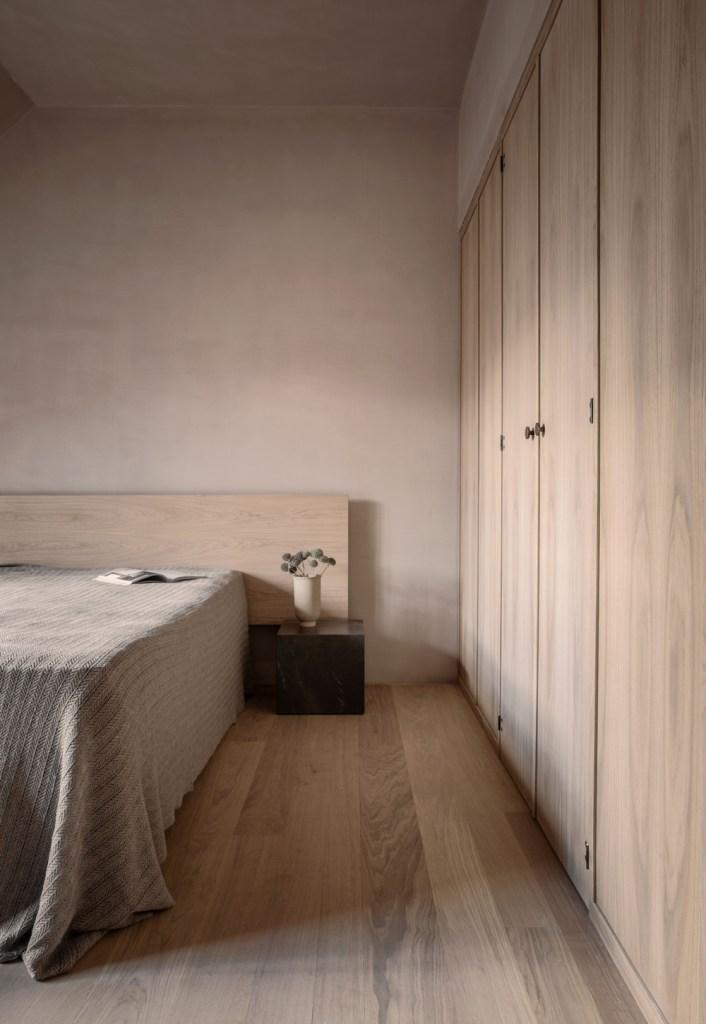 Basic Style Bedroom