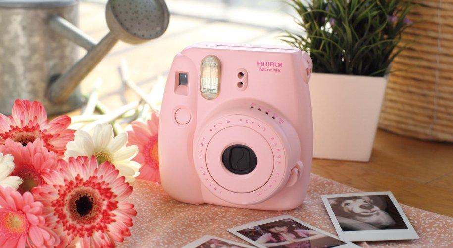 Fujifilm Instax Mini 8 camera