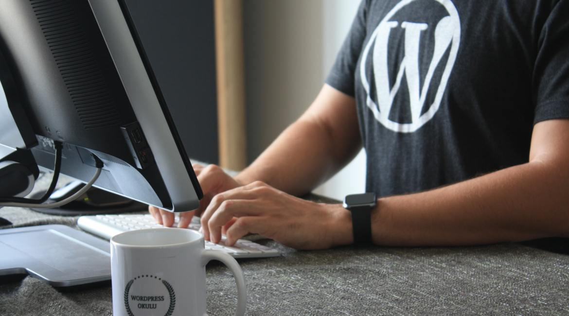 Coder using Wordpress