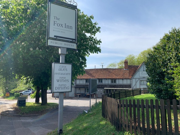 wootton parish the fox inn 2 w